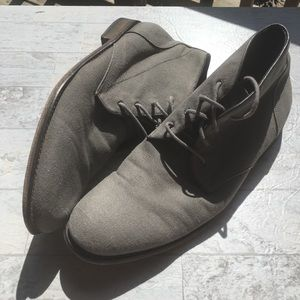 JOHN VARVATOS Canvas Lace Up Ankle Chukka Boot 10